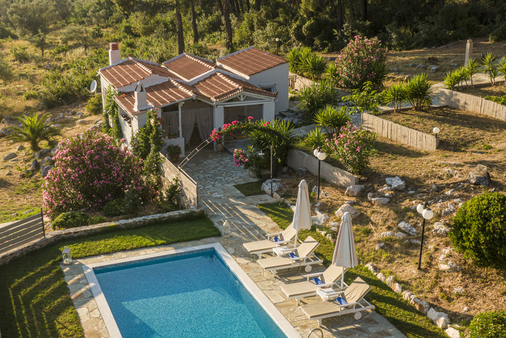pine trees lux villa with private pool 5 persons skopelos accommodation vacation travel greece web